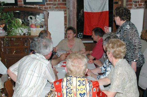 PLC FETE DES MERES 2009 HALLET A TABLE 14