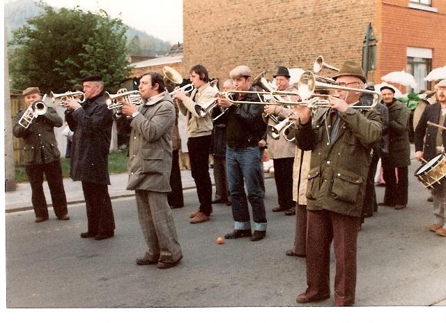 Henri DUDA au trombone,tout à gauche - Copie - Copie